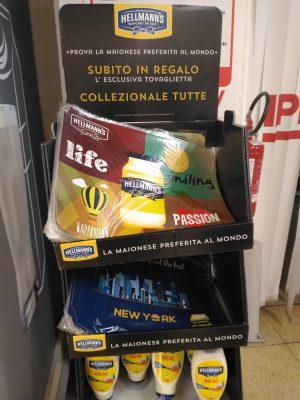 Stand Maionese Hellmann's: Regalo Tovagliette