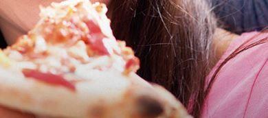 Pizza (2×1) e film MyMovies premio certo Pattex