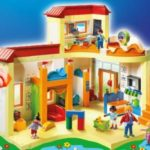 Vinci Grande Asilo Playmobil con Pampers Baby Dry Megapack
